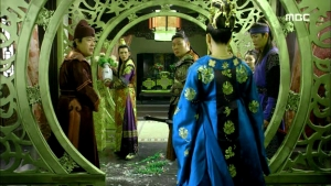Empress.Ki.E48.140421.HDTV.XviD-LIMO.avi_001622255