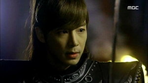 Empress.Ki.E48.140421.HDTV.XviD-LIMO.avi_001900266