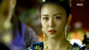 Empress.Ki.E48.140421.HDTV.XviD-LIMO.avi_002330797
