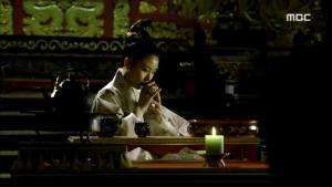 Empress.Ki.E48.140421.HDTV.XviD-LIMO.avi_003060026