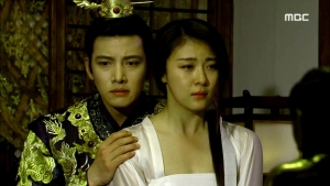 Empress.Ki.E49.140422.HDTV.XviD-LIMO.avi_001959159