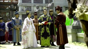 Empress.Ki.E49.140422.HDTV.XviD-LIMO.avi_002726793