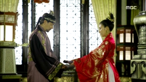 Empress.Ki.E50.140428.HDTV.XviD-LIMO.avi_000854254