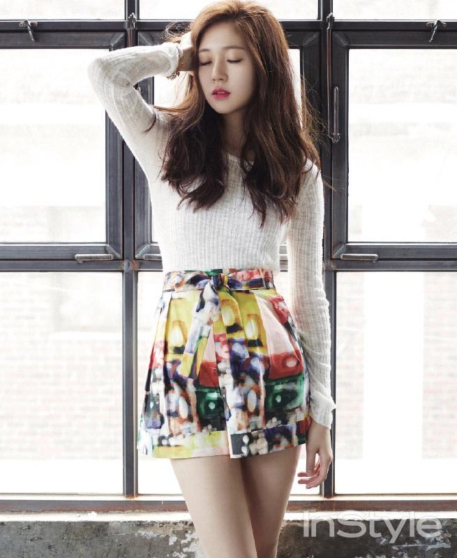 baekjinhee+instyle+aug14+3