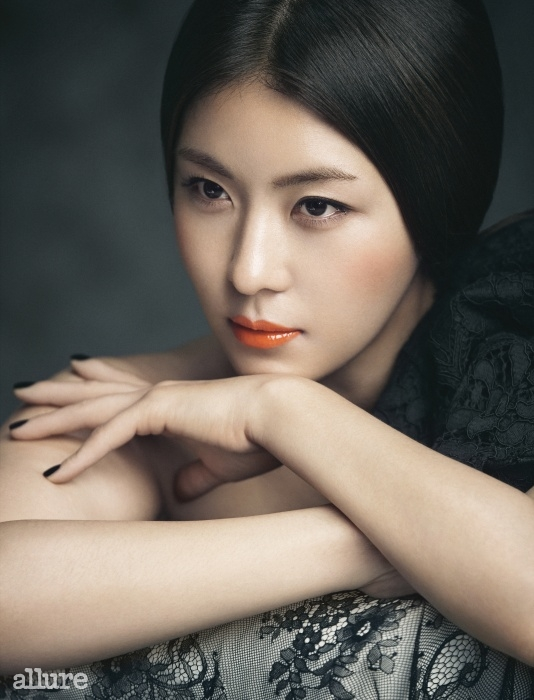hajiwon+allure+july14+3