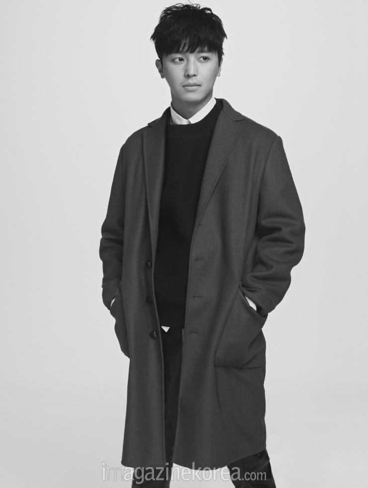 yeonwoojin+harpersbazaar+oct14_4