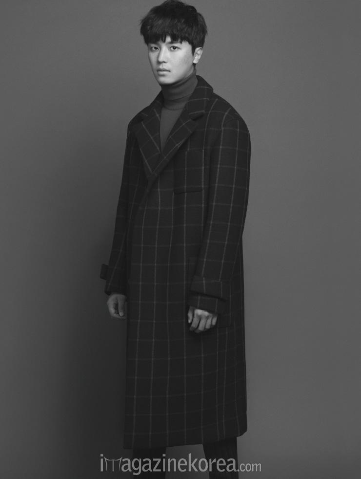 yeonwoojin+harpersbazaar+oct14_5