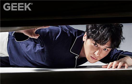 byunyohan+geek+july15_2