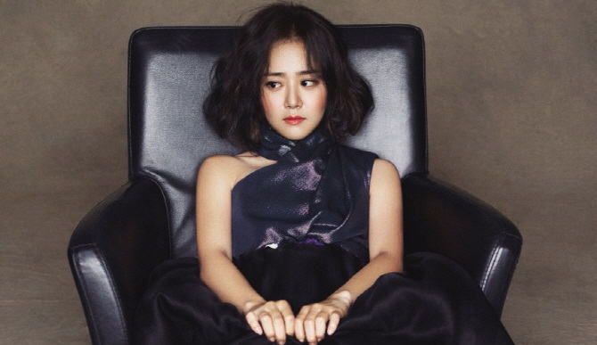 moongeunyoung+allure+oct15_0