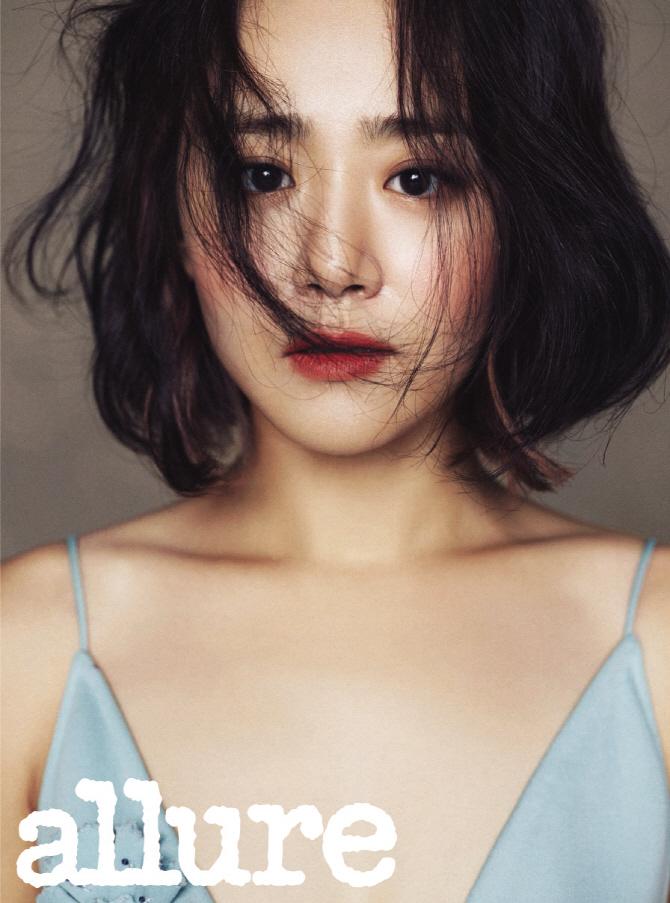 moongeunyoung+allure+oct15_3