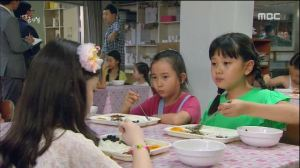 My Daughter Geum Sa Wol E04.avi_20150914_184719.170