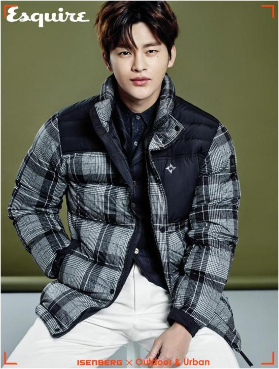 seoinguk+esquire+nov15_1