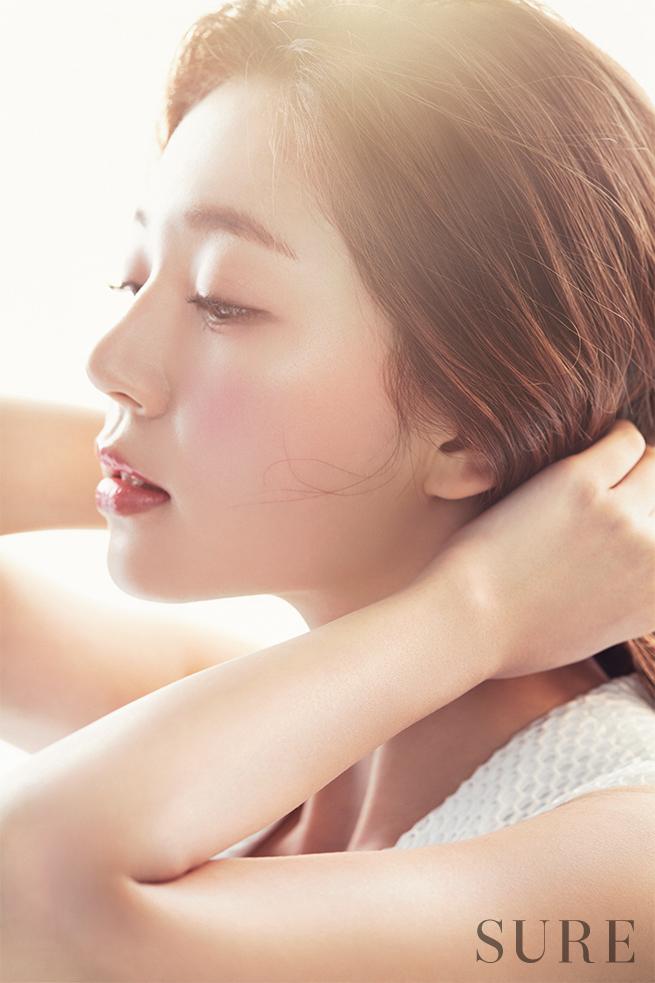 baekjinhee+sure+apr16_1