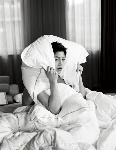 songjoongki+harpersbazaar+may2016_32