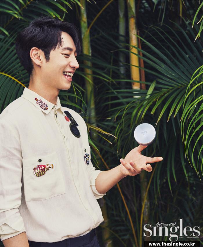 leejehoon+singles+july16_5