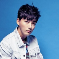 Yoon Si Yoon - Grazia June 2016 Interview