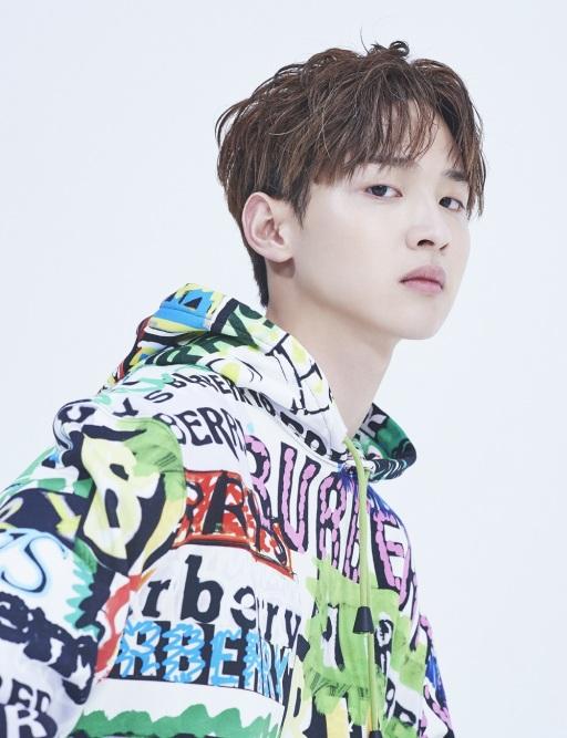 jangdongyoon_dazed_may18+1