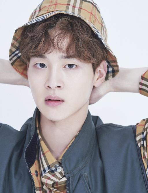 jangdongyoon_dazed_may18+9
